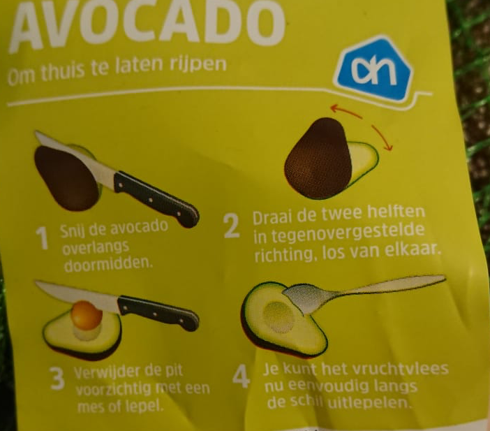Instructie ontpitten avocado Albert Heijn